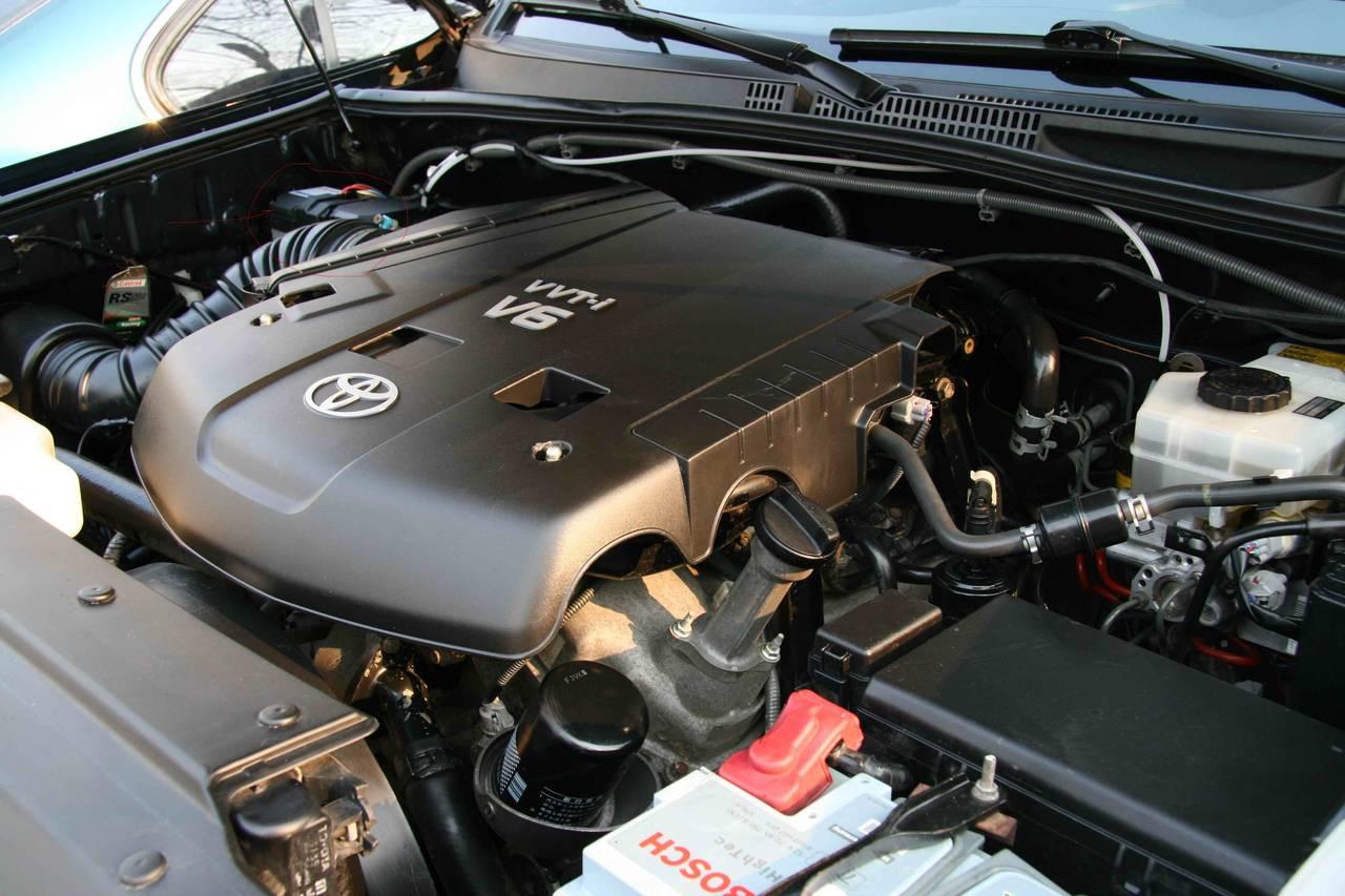 Фото двигателя Тойота Прадо 120