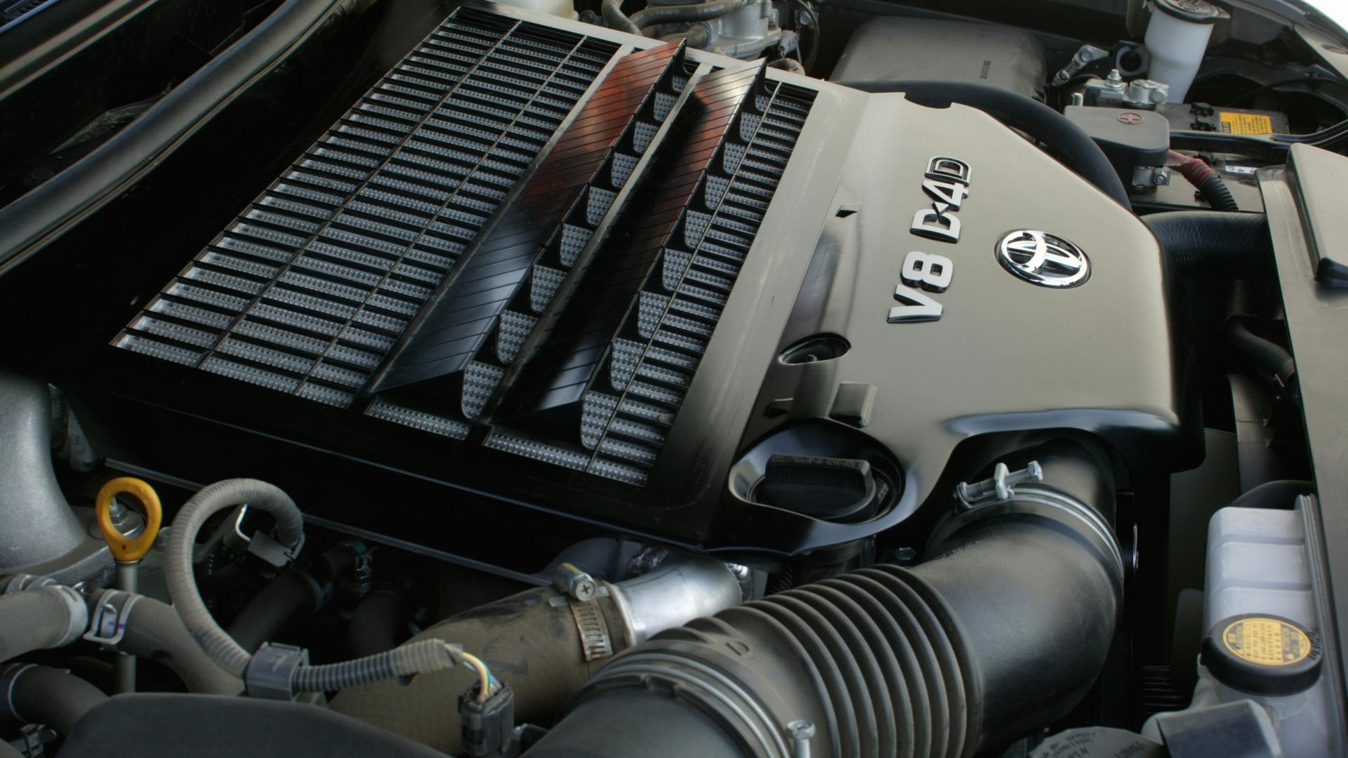 Дизельный двигатель ЛК 200 2008г