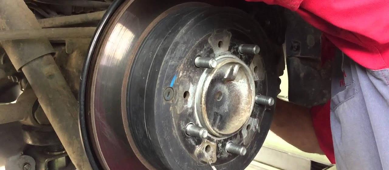 Замена тормозных дисков ЛК 200