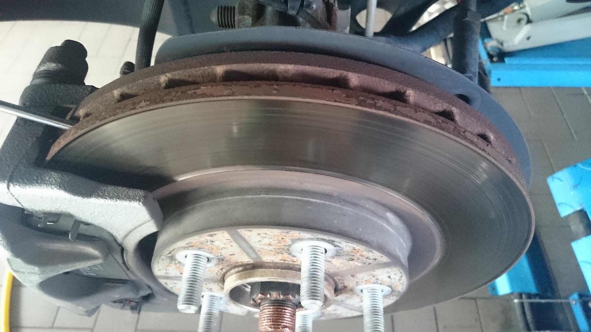Толщина тормозных дисков