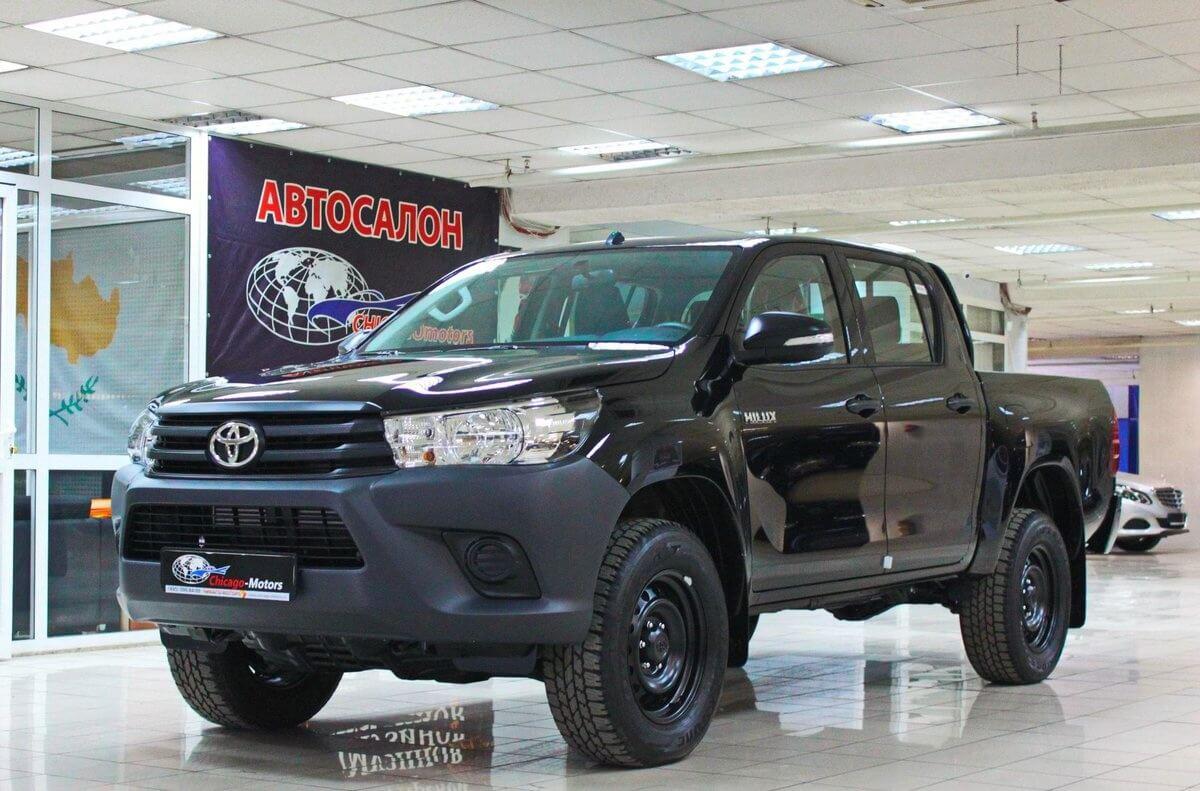 стандарт Toyota Hilux