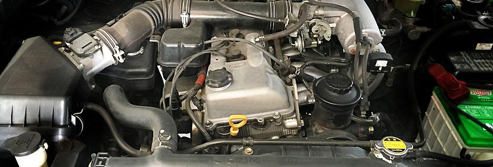 4-цилиндровый 3RZ-FE объемом 2,7 л с впрыском топлива
