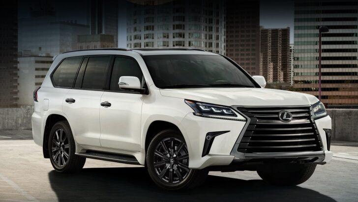Внедорожник Toyota Land Cruiser 300 в новом кузове: комплектация и цены в России